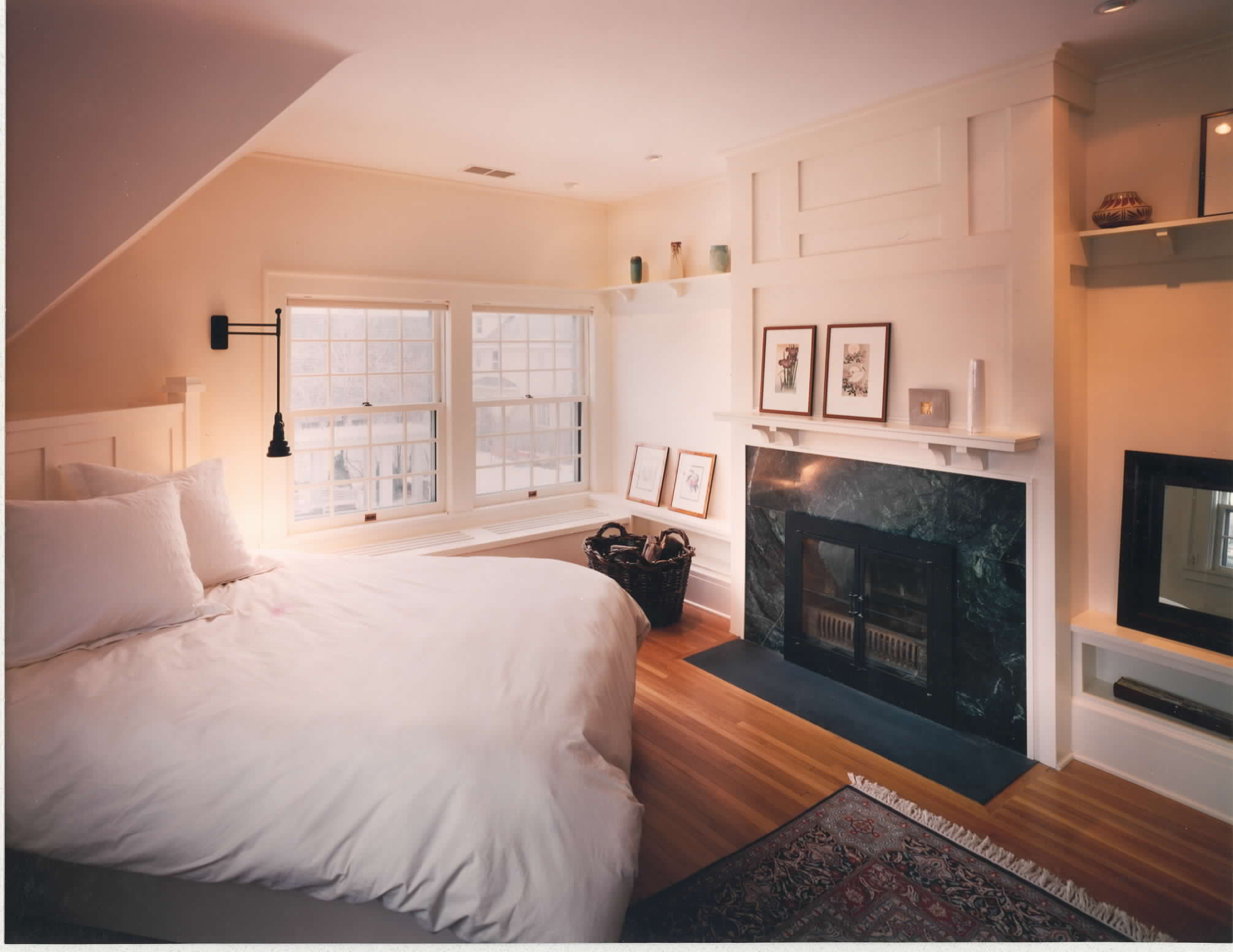 Whole-Builders-Bedroom-fireplace