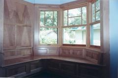 Interior bay window